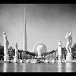 1940 New York World's Fair by S.H. Gottscho - Art Print